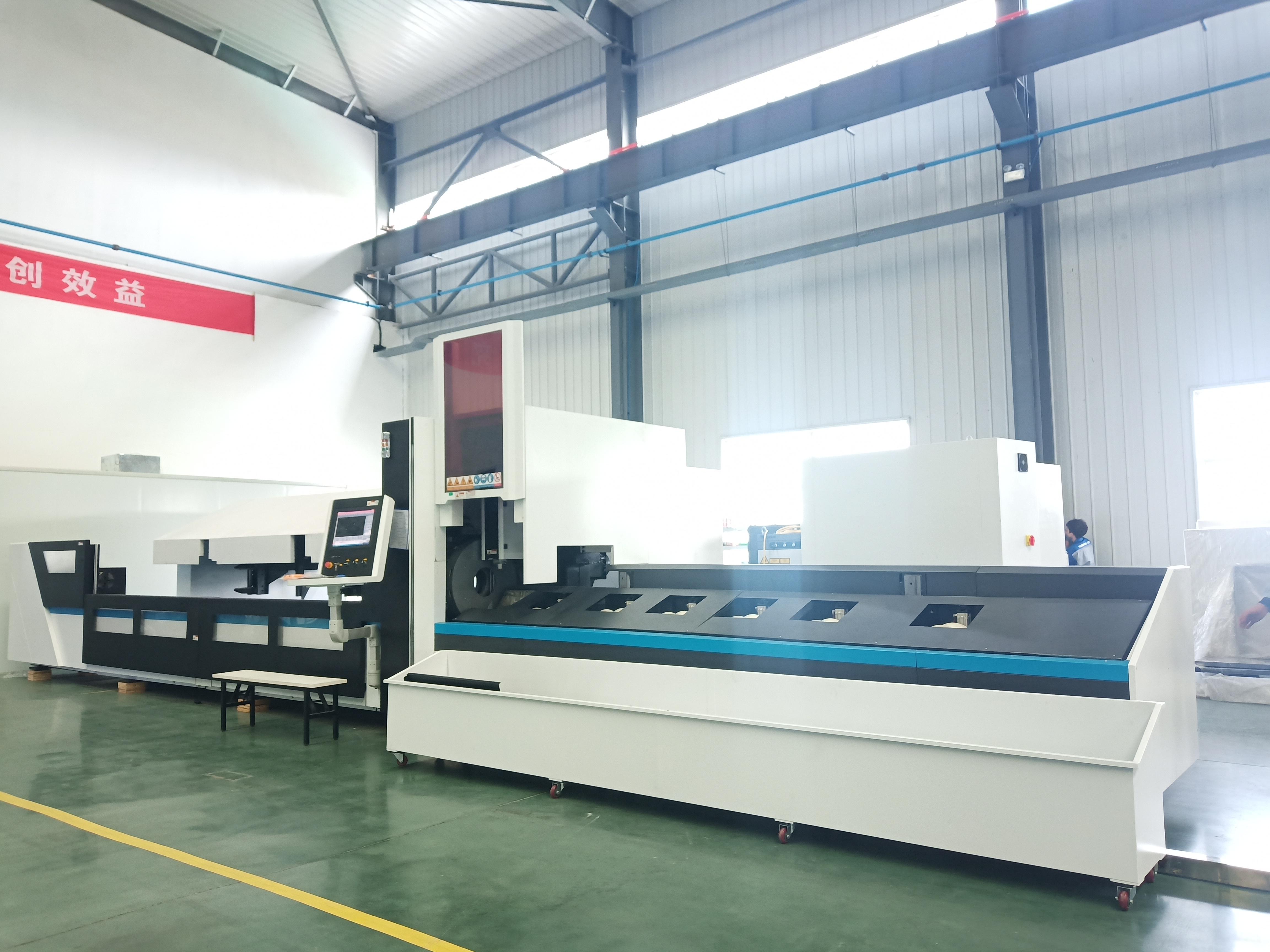 The application industries of automatic laser tube cutter